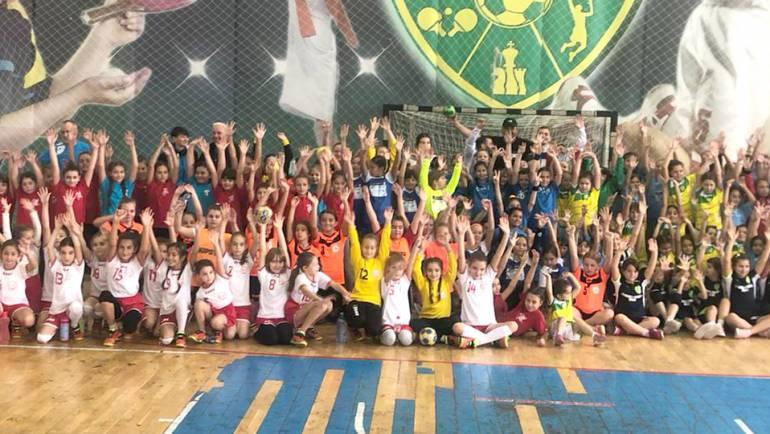 Campionatul Județean de Minihandbal, la a doua etapă