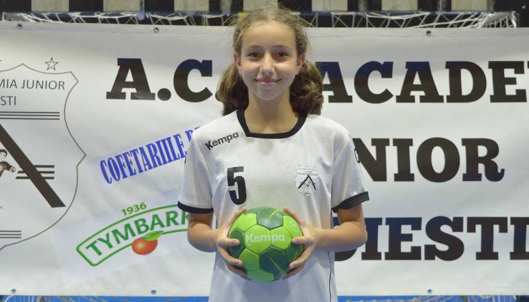 O jucătoare de la ACS Academia Junior, convocată la lotul național